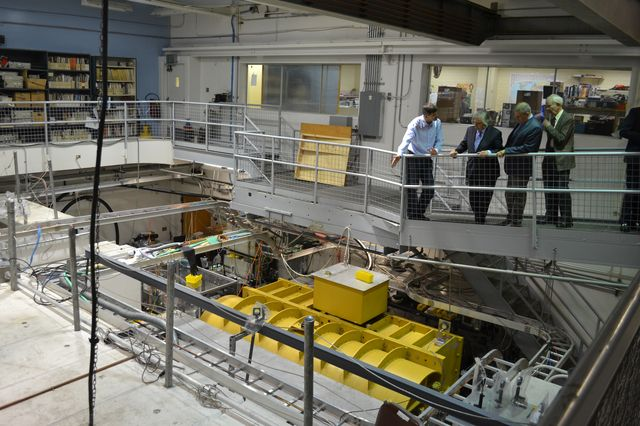U.S. Secretary of Energy Ernest Moniz, second from the left, gets a look at the UCLA Particle Beam Physics (Neptune) Lab. He also learned about ongoing research in advanced particle accelerators.